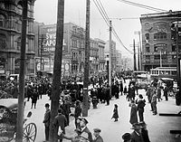 An anti-conscription rally in Montreal, 1917. During both World Wars, the city saw protest against the implementation of conscription.