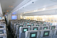 747-400 main deck economy class seating in 3–4–3 layout