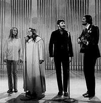 The Mamas and the Papas in 1968; Michelle Phillips, Mama Cass Elliot, Denny Doherty, John Phillips