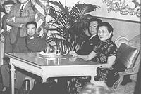 1943 Soong in the White House Oval Office to conduct a press conference.