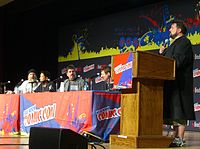 Smith and the cast of Comic Book Men at the New York Comic Con