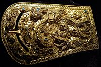 Gold buckle of the Proto–Three Kingdoms period