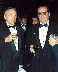 Nicholson (right) and Dennis Hopper at the 62nd Academy Awards, 1990