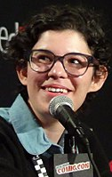 Rebecca Sugar speaking at the Cartoon Network Presents: CN Anythingǃ panel at the 2014 New York Comic Con
