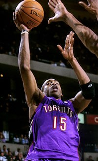 Carter with the Raptors in November 2000