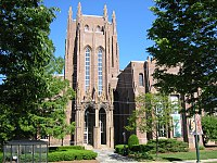 The historic Peabody Museum of Natural History at Yale
