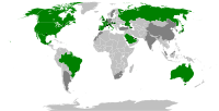 World map showing the location of Formula 1 Grands Prix: countries marked in green are on the current race schedule, those in dark grey have hosted a Formula One race in the past (de facto status of the territories is shown)