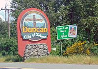 Sign welcoming visitors to the town of Duncan, on Vancouver Island, British Columbia.