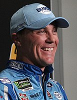 Kevin Harvick scored the pole position.
