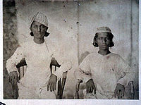 Sons of Bahadur Shah Zafar. On the left is Jawan Bakht, and on the right is Mirza Shah Abbas.
