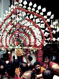 Pahandi Bije during Ratha Yatra at Puri.