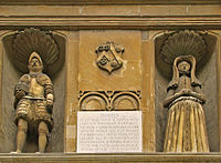 Statues of the founders above the main entrance to the Hall