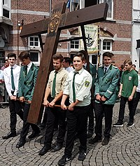 German youth group with Aachen Peace Cross