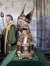 Before the relics display in the cloisters of St Servatius'