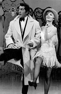 Martin and Florence Henderson in The Dean Martin Show (1968)