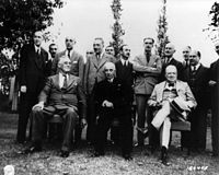 Roosevelt, İnönü and Churchill at the Second Cairo Conference, 1943.