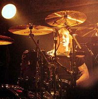 Phil Rudd performs at the KeyArena in Seattle on 12 August 1996 during the Ballbreaker World Tour