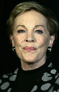 A semi-retired Julie Andrews was cast as Queen Clarisse Renaldi, the actress' first Disney role since Mary Poppins (1964). The character of Mia's grandmother was expanded specifically with Andrews in mind.