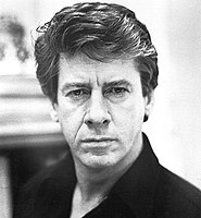 """Actor Paul Gleason's police captain character was singled out by Roger Ebert as an example of """"useless and dumb"""" characters that prevented the film from succeeding."""