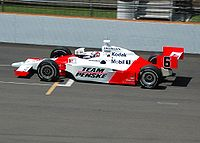 Hornish practicing for the 2007 Indianapolis 500