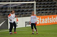Zoet (left) training with Jasper Cillessen (furthest right) and Tim Krul in October 2014.