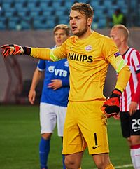 Zoet preparing to defend from a corner kick against Dynamo Moscow in the Europa League game on 2 October 2014.