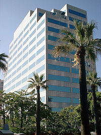 801 North Brand, one of Glendale's many modern skyscrapers: Companies such as Nestlé, NexusLab, Great West Life, Citi, Unum, and Cigna have offices downtown.