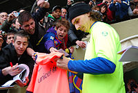 Ibrahimović signing autographs for fans in 2010
