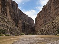 The Big Bend National Park is located at the Border.