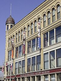 Facade of the Frazier History Museum