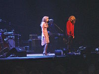 Plant on stage with Alison Krauss at Birmingham's NIA on 5 May 2008.