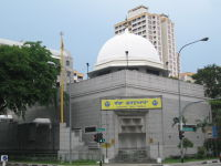 Established in 1912, the Central Sikh Temple was the first gurdwara in Singapore.