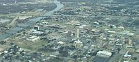 Aerial view of downtown Waco in 2009; Brazos River to the left and campus of Baylor University in the upper right