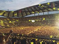 Big Bang's tenth anniversary concert at Seoul World Cup Stadium on August 20, 2016 was attended by 65,000 people