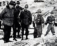 Eisenhower in Korea with General Chung Il-kwon, and Baik Seon-yup, 1952