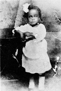 Holiday, aged 2, in 1917