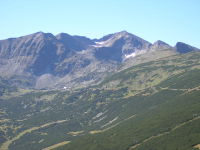 Musala, highest peak of the Balkans seen from Yastrebets. The chalet Musala and the Everest shelter can be seen as well.