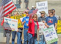 Several hundred anti-lockdown protesters rallied at the Ohio Statehouse 20 April.