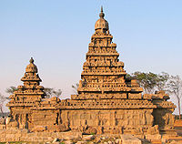 The rock-cut Shore Temple of the temples in Mahabalipuram, Tamil Nadu, 700–728. Showing the typical dravida form of tower.