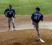 Blue Jays pitcher Pat Hentgen won the Cy Young Award in 1996.
