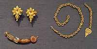 Gold jewelry and etched carnelian beads, Nilgiri Hills culture, 1st millennium CE. British Museum