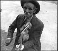 Fiddlin' Bill Hensley, mountain fiddler, Asheville, 1937