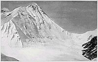 North Col (right) and summit (left) from Lhakpa La. Photograph taken by Howard-Bury.