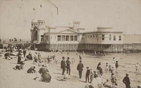 """The hot sea baths and hotel on St Kilda main beach in 1910, which replaced the 1862 """"Gymnasium Baths"""" but burned down and was itself replaced"""
