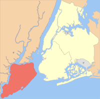 Location of Staten Island (red) within New York City (remainder yellow)
