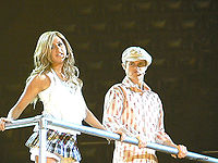Ashley Tisdale and Lucas Grabeel are members of the High School Musical, Disney's musical and soundtracks most successful of the 2000s.