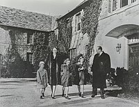 Crown Prince Olav and Crown Princess Märtha with their children Princess Astrid, Princess Ragnhild and Prince Harald at their exile home, Pook's Hill, in Bethesda, Maryland