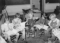 Children reading in Santa Clara, Utah, in 1940
