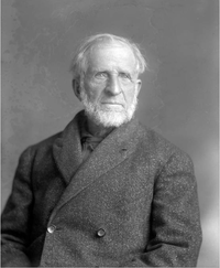 Cooper, photographed in 1906