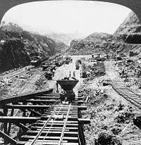 Construction work on the Gaillard Cut of the Panama Canal, 1907